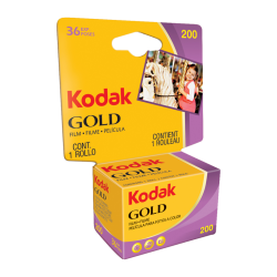 KODAK GOLD 200 135-36 poses...